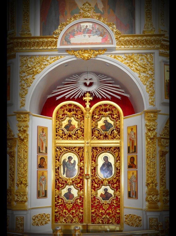Иконостас изготовлен на заказ! Царские врата иконостаса.