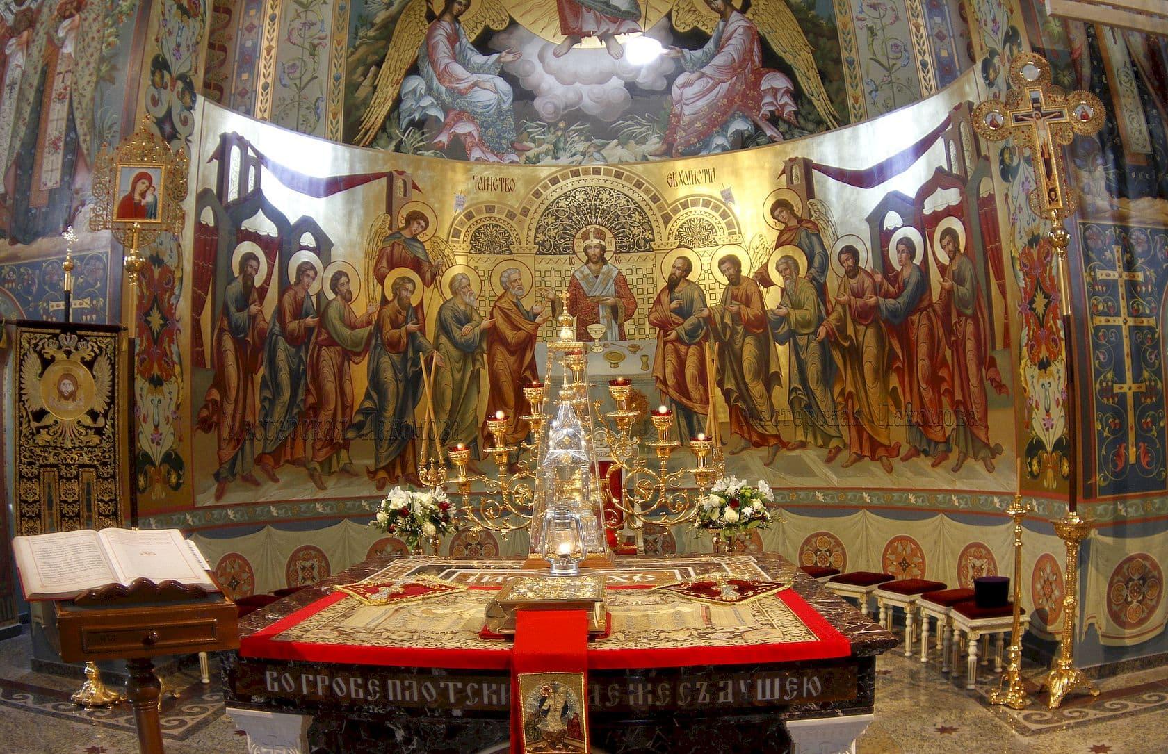 Уникальный стиль иконописи в Спасском Соборе