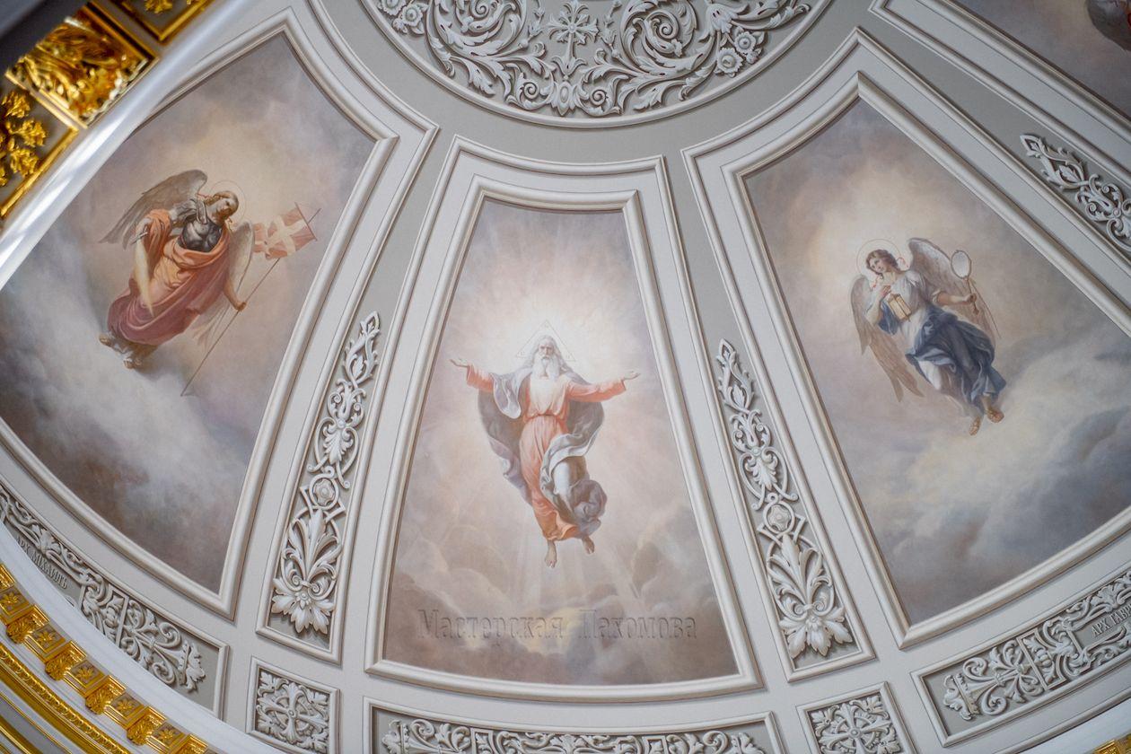 Воссоздание росписей Казанского собора , г.Казань Роспись купола - изображение Архангелов