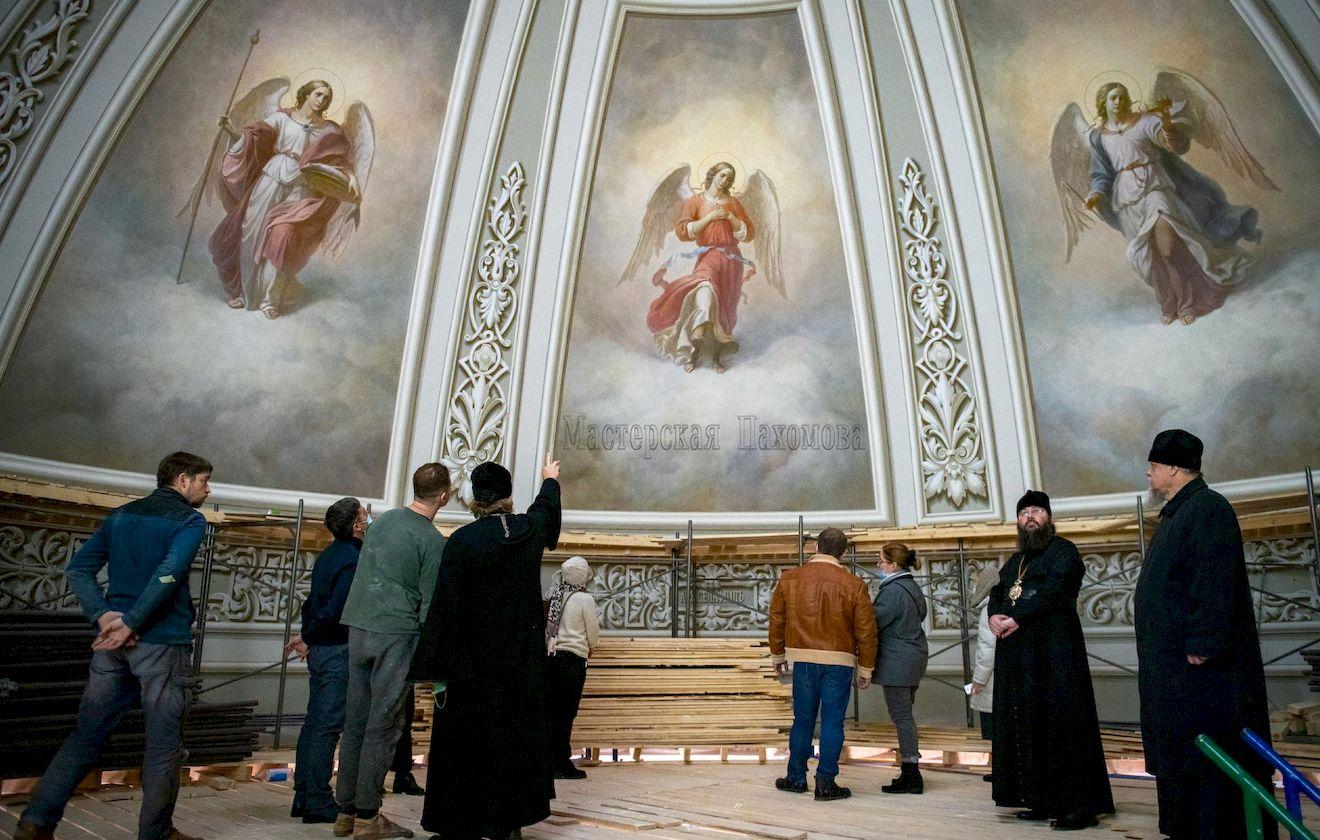 Воссоздание собора Казанской иконы Божией Матери - роспись стен верхнего храма