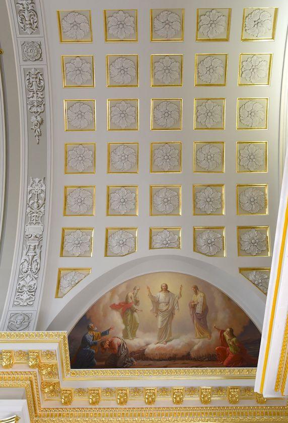 Преображение Господне - сюжет малого люнета в Казанском соборе