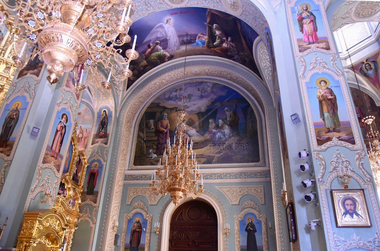 Собор расписанный в академическом стиле иконописцами Мастерской Пахомова